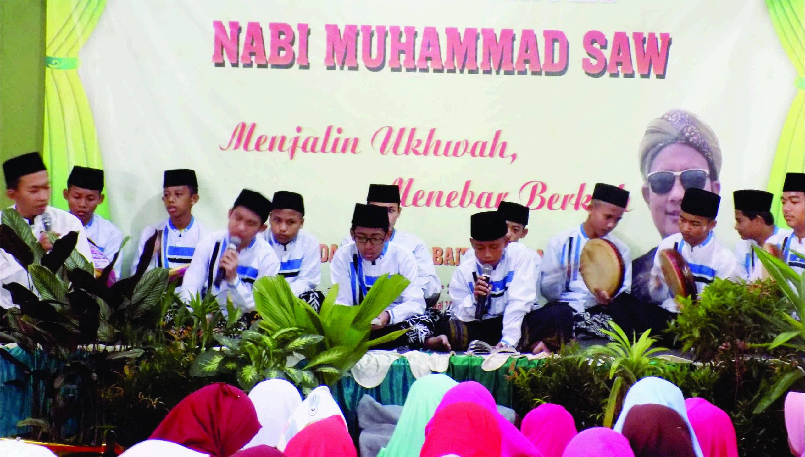 Team Hadroh Yayasan Yatim Bait Alquran Mulia