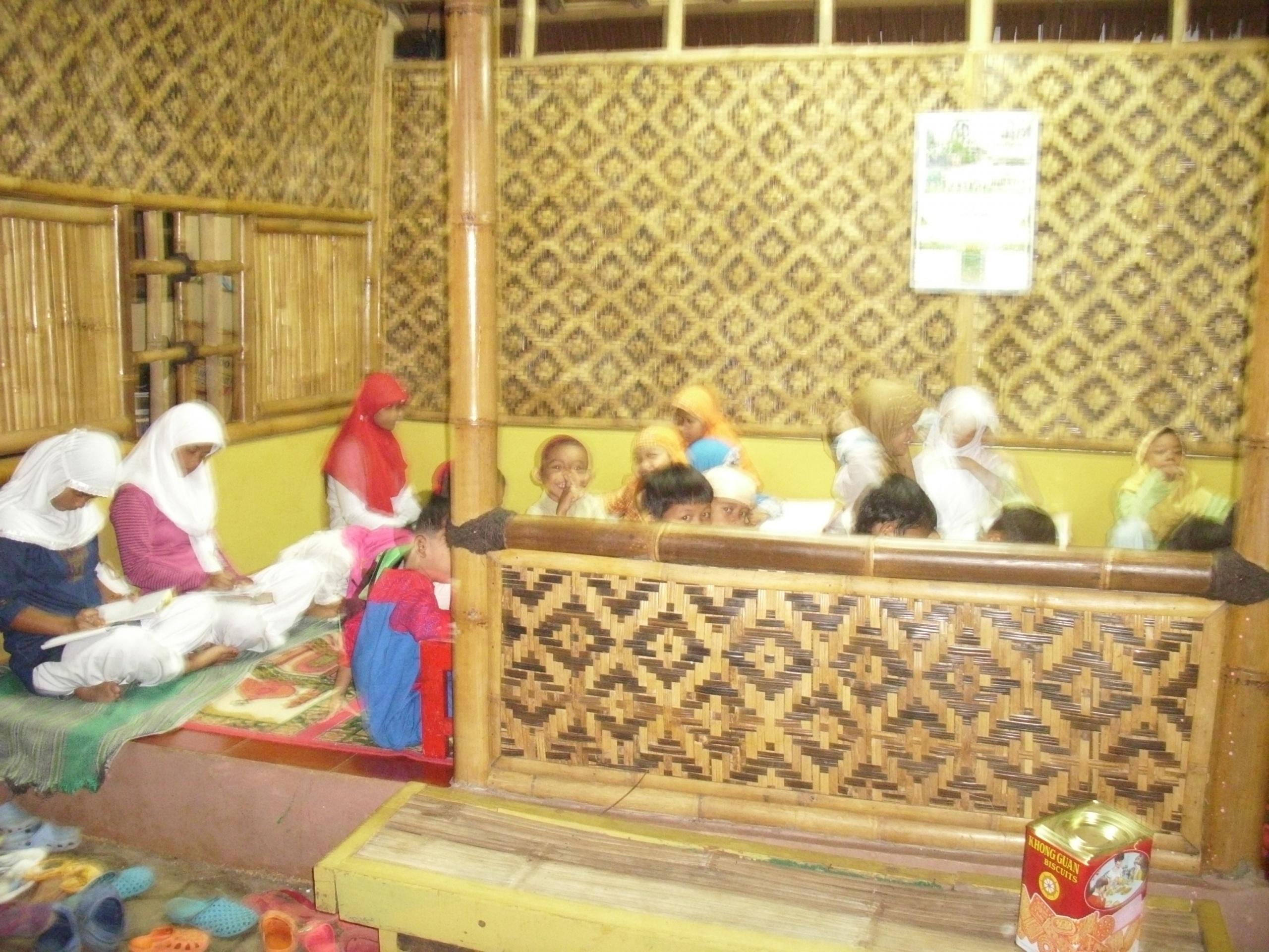 Bangunan Pertama Yayasan YAtim Bait Alquran Mulia